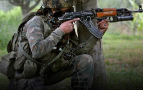 J&K: पुंछ और राजौरी में LoC पर पाकिस्तान ने किया सीजफायर उल्लंघन, गोलीबारी में एक जवान शहीद