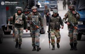 जम्मू-कश्मीर: पुलवामा में मुठभेड़, सुरक्षाबलों ने तीन आतंकियों को किया ढेर, एक जवान शहीद