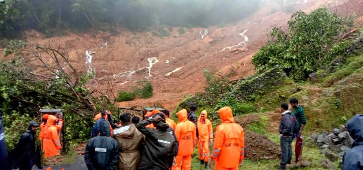 केरल भूस्खलन : 15 लोगों की मौत, करीब 67 लापता