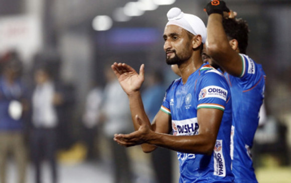 कोरोना: भारतीयहॉकी टीम के फॉरवर्ड प्लेयर मंदीप सिंह की हालत गंभीर, ब्लड ऑक्सीजन लेवल सामान्य से काफी कम; अस्पताल में भर्ती किया गया