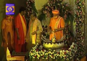 Mathura Janmashtami: प्रकट हुए नंदलाला, जय कन्हैयालाल के जयकारे गूंजे, मथुरा से द्वारका तक जन्माष्टमी की रौनक