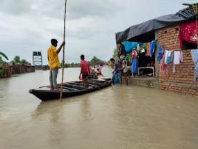 Bihar Floods: बिहार में बाढ़ से 14 जिलों के 56 लाख से ज्यादा लोग प्रभावित