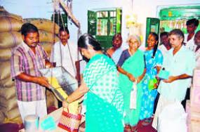 अब महाराष्ट्र में दूसरे राज्य के राशनकार्ड धारकों को भी मिलेगा अनाज