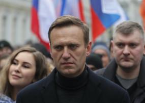 Russia: नवालनी की बीमारी की जांच के लिए रूस पर बढ़ा दबाव, सता रहा वेस्ट के साथ रिलेशन खराब होने का डर