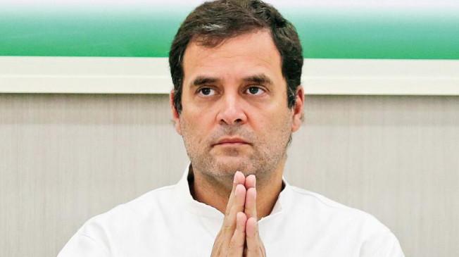 Politics: कांग्रेस में अंदरूनी कलह से परेशान राहुल, सोनिया, मनमोहन ने साधी चुप्पी