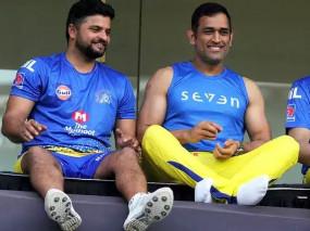 IPL 2020: खराब होटल रूम और धोनी से विवाद के चलते IPL छोड़ भारत लौटे सुरेश रैना!, CSK ने कहा- सफलता उनके सिर चढ़कर बोल रही है