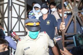 सुशांत मामला : ईडी ने फिर से की रिया के भाई से पूछताछ