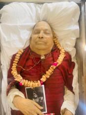 पंडत जसराज का पार्थिव शरीर मुंबई लाया गया, गुरुवार को अंत्येष्टि