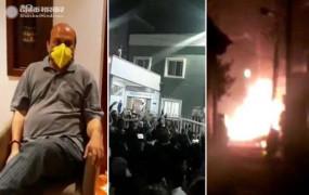 बेंगलुरु: फेसबुक पोस्ट को लेकर MLA मूर्ति के आवास पर हमला, हिंसा में 3 की मौत, 60 पुलिसकर्मी घायल, 110 गिरफ्तार