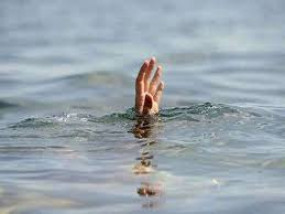 दोस्तों के साथ गया था फार्म हाउस, डूबने से मौत