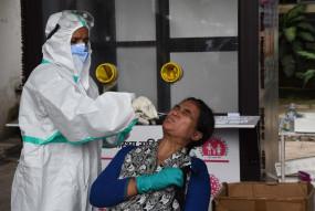 तेलंगाना में कोरोना के 2,392 नए मामले, मौत का आंकड़ा 900 के पार