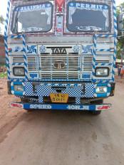 सतना से यूपी के आजमगढ़ जा रही गिट्टी  के 37 ओवर लोड ट्रक रीवा में पकड़े गए