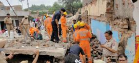 पंजाब में इमारत गिरने से 4 की मौत (लीड-1)