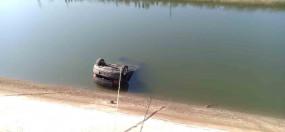 आंध्र प्रदेश : नहर में कार गिरने से 3 की मौत