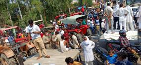 भारत बंद: कृषि बिलों के विरोध में किसानों का प्रदर्शन, पटना में पप्पू यादव की पार्टी और बीजेपी कार्यकर्ताओं के बीच झड़प