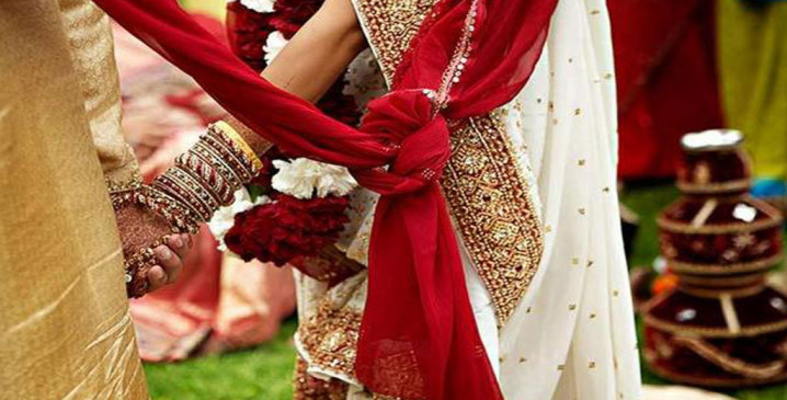 अजब-गजब: मध्य प्रदेश के इस गांव में बेटी के विवाह के लिए दहेज में दिए जाते हैं 21 जहरीले सांप, इसके बिना नहीं हो सकती शादी; जानें क्या है वजह