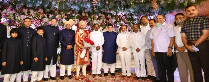 तेलंगाना के मुख्यमंत्री, कई मंत्री ओवैसी की बेटी की शादी में पहुंचे