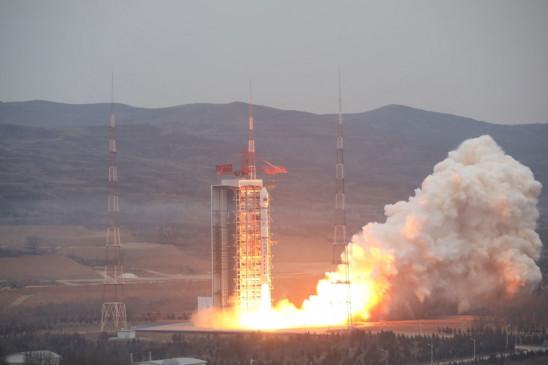 चीन ने भारत से गतिरोध के बीच गुप्त अंतरिक्ष यान का परीक्षण किया