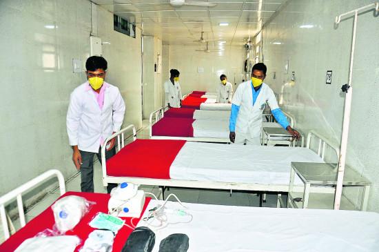 कोविड-19- शहर में मरीजों को नहीं मिल रहे बेड,ग्रामीण में 382 बेड खाली