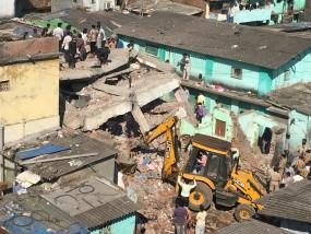 ठाणे में गिरी इमारत में मौत का आंकड़ा 35 पहुंचा, 15 बच्चे भी शामिल