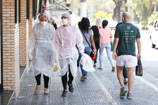 ब्राजील में कोरोना से मरने वालों की 135,000 के पार पहुंची