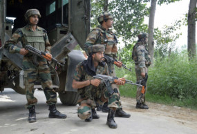 जम्मू-कश्मीर: त्राल में आतंकियों ने सीआरपीएफ कैंप पर फेंका ग्रेनेड, कोई हताहत नहीं