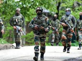 जम्मू-कश्मीर: बारामूला मुठभेड़ में एक आतंकी ढेर, एक सैन्य अधिकारी भी घायल