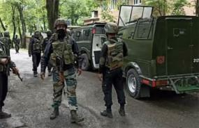 जम्मू-कश्मीर: अनंतनाग मुठभेड़ में लश्कर के दो आतंकी ढेर, हथियार-गोला बारूद बरामद