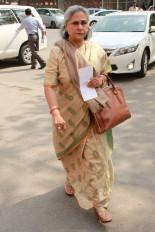 बॉलीवुड की तुलना गटर से करने वालों को जया ने लगाई फटकार, सरकार से मांगा समर्थन (लीड-1)