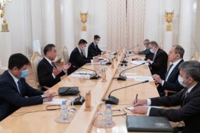 चीनी और रूसी विदेश मंत्रियों का संयुक्त बयान