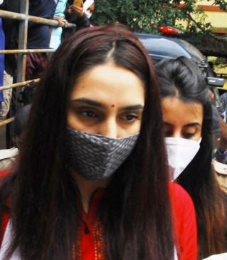 कर्नाटक ड्रग मामला : ईडी को मिली रागिनी, संजना की 5 दिन की हिरासत