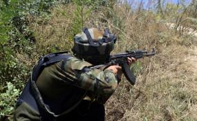 कश्मीर : मुठभेड़ में एक आतंकवादी ढेर