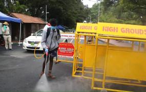 कर्नाटक में कोविड के सक्रिय मामले 1 लाख तक पहुंचे