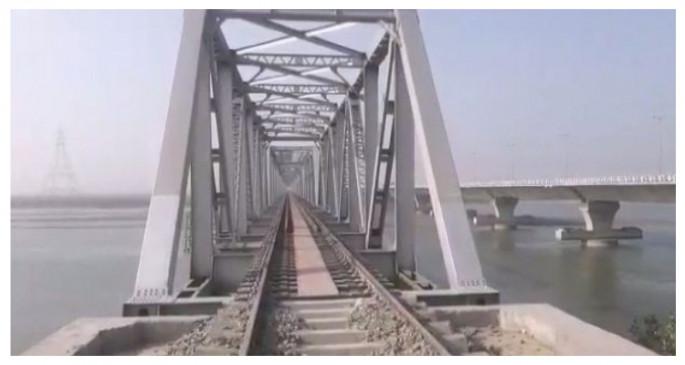 प्रधानमंत्री मोदी ने बिहार में कोसी रेल मेगा ब्रिज का उद्घाटन किया