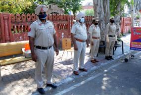पंजाब में पुलिसकर्मी कोविड-केयर किट से महामारी को देंगे मात