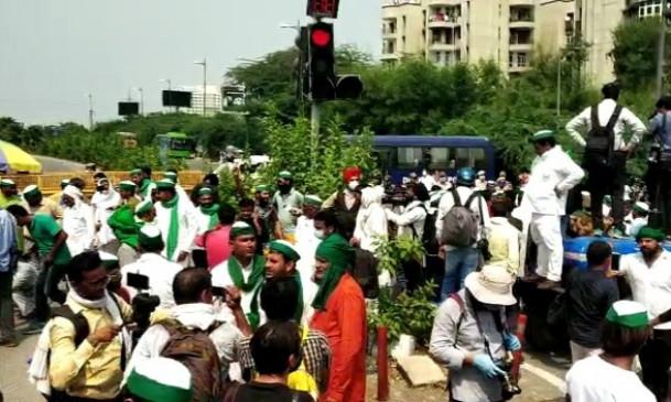 पंजाब-हरियाणा में किसानों का जबरदस्त प्रदर्शन, अन्य जगहों पर भी हुआ विरोध