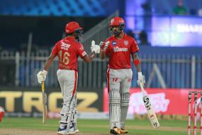 KXIP vs RR LIVE: राजस्थान ने 2 विकेट गंवाए, संजू सैमसन का अर्थशतक पूरा, पंजाब ने दिया 224 रनों का टारगेट