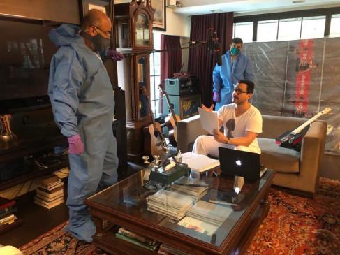 सैफ अली ने शूरू की वेब शो तांडव की डबिंग