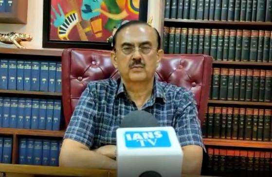 बांद्रा पुलिस स्टेशन रिया का दूसरा घर : विकास सिंह