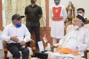 हमले के शिकार शर्मा बीजेपी से जुड़े. राज्यपाल से मुलाकात कर बोले - महाराष्ट्र में राष्ट्रपति शासन लगाने की जरूरत