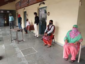 दूसरे दिन भी स्कूल नहीं पहुंचे विद्यार्थी, बचाव के अधूरे इंतजाम