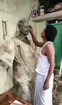 सुशांत की बहन ने भाई की मोम की प्रतिमा बनाने वाले की प्रशंसा की