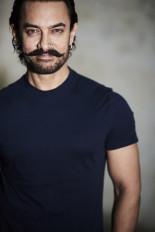 शिक्षक दिवस : आमिर खान ने शिक्षकों के साथ ग्रुप फोटो साझा की