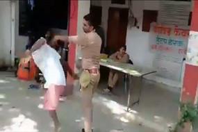 उप्र: दिव्यांग शख्स की पिटाई के आरोप में पुलिस कांस्टेबल निलंबित