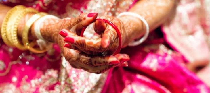 उप्र: एक जोड़े के समलैंगिक विवाह करने पर हंगामा