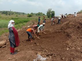 तबाही के बाद अपने गांव वापस नहीं जाना चाहते ग्रामीण