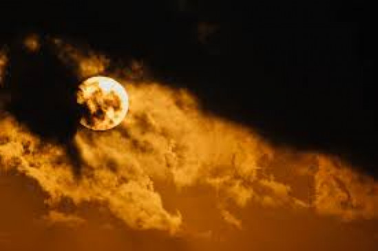 हवा में घुली ठंडक, सूर्य पर बादलों का पहरा, उपराजधानी में 30 डिग्री पर पारा ठहरा