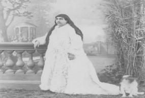 अजब-गजब: मूंछों वाली इस राजकुमारी के प्यार में 13 नौजवानों ने कर ली थी खुदकुशी