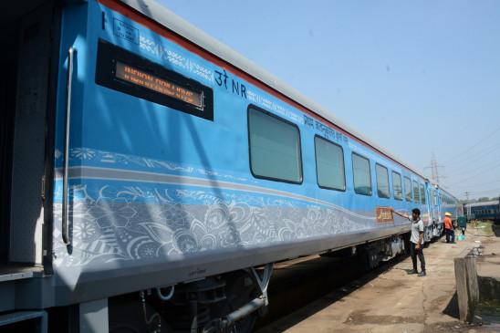 त्योहारों पर ट्रेनों में भीड़ कम करने चलाई जाएंगी 196 जोड़ी स्पेशल ट्रेनें