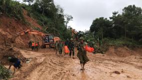 वियतनाम में भूस्खलन से 8 की मौत, 45 लापता